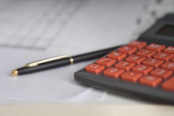externalisation-paie-avantages-inconvenients